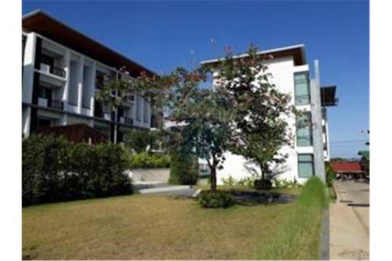 RE/MAX Island Real Estate Agency's BRAND NEW 2 BEDROOM APARTMENT WITH LARGE POOL IN CHAWENG 10