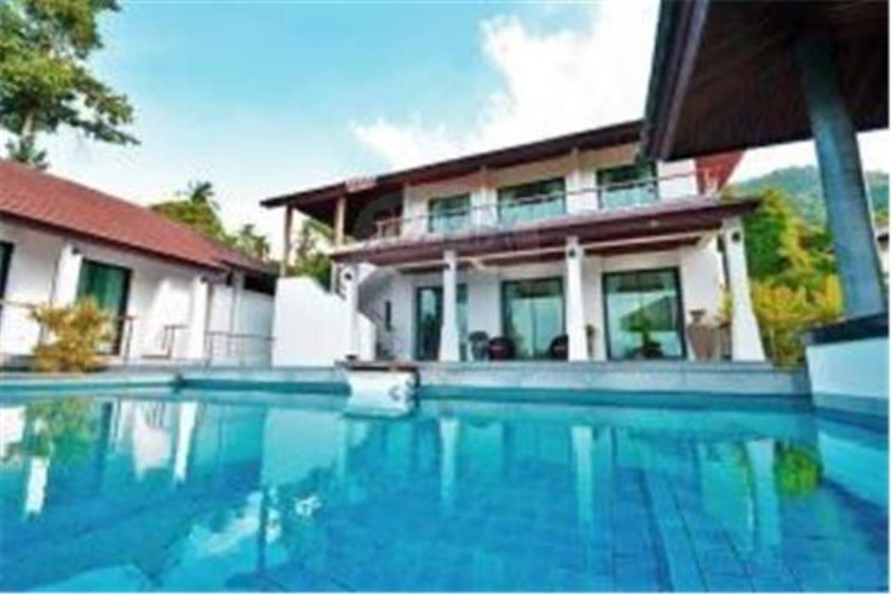 RE/MAX Island Real Estate Agency's 3 BEDROOM SEA VIEW POOL VILLA IN MAE NAM 1