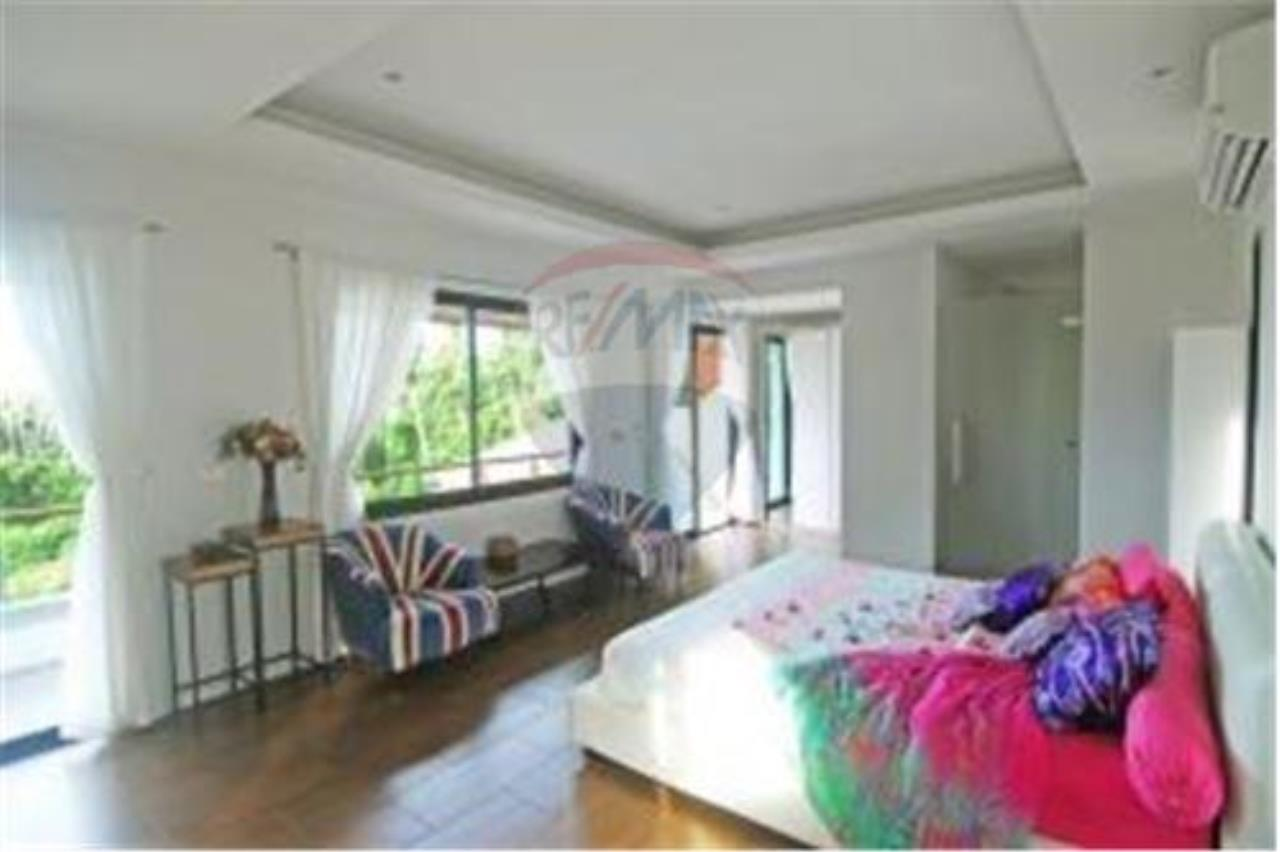 RE/MAX Island Real Estate Agency's 3 BEDROOM SEA VIEW POOL VILLA IN MAE NAM 4