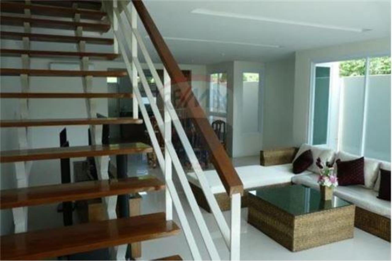 RE/MAX Island Real Estate Agency's 2 Bedroom Villa For Rent in Koh Samui 5
