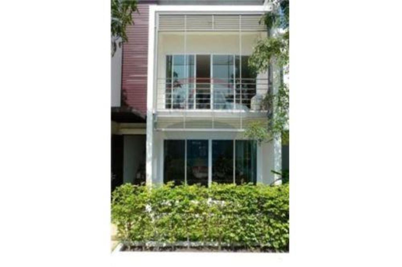 RE/MAX Island Real Estate Agency's 2 Bedroom Villa For Rent in Koh Samui 11