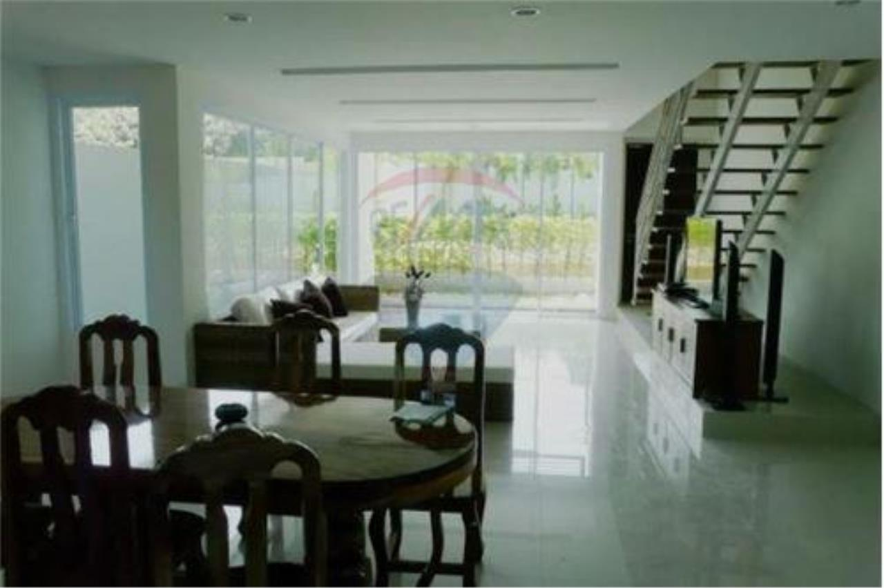 RE/MAX Island Real Estate Agency's 2 Bedroom Villa For Rent in Koh Samui 6