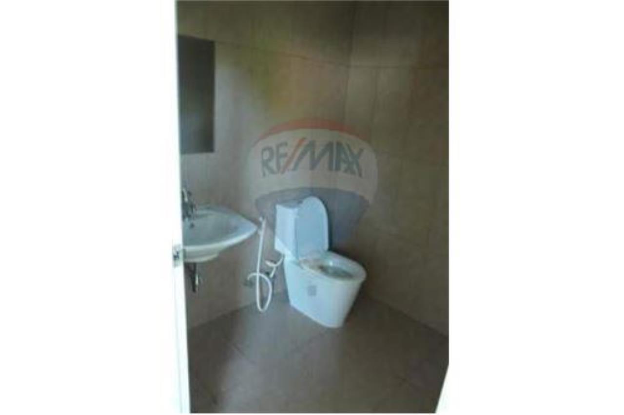 RE/MAX Island Real Estate Agency's 2 Bedroom Villa For Rent in Koh Samui 10