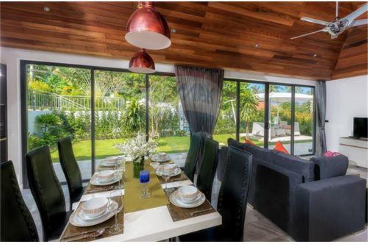 RE/MAX Island Real Estate Agency's 3 bedrooom modern thai style villa in Bangrak 9