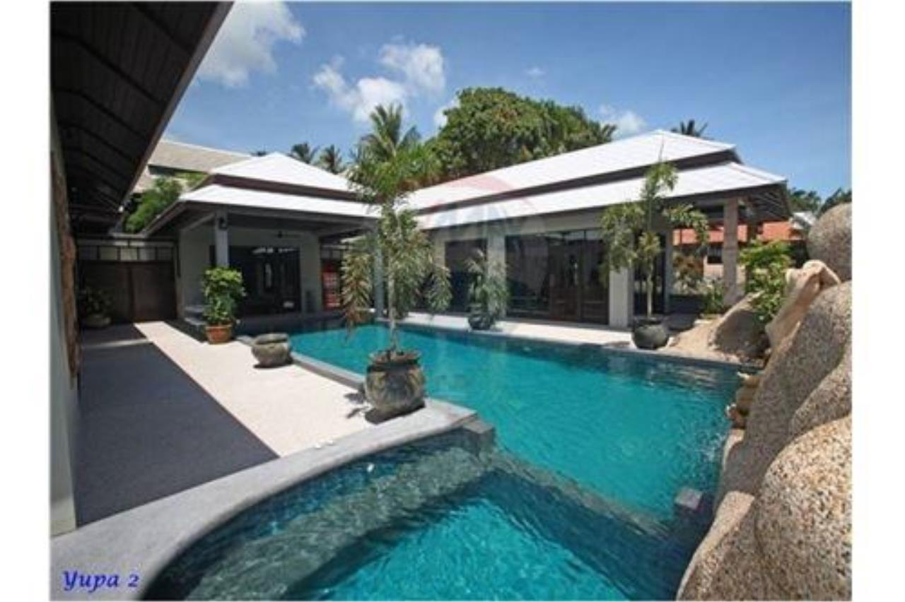 RE/MAX Island Real Estate Agency's 4 bedroom pool villa in Bophut. 13