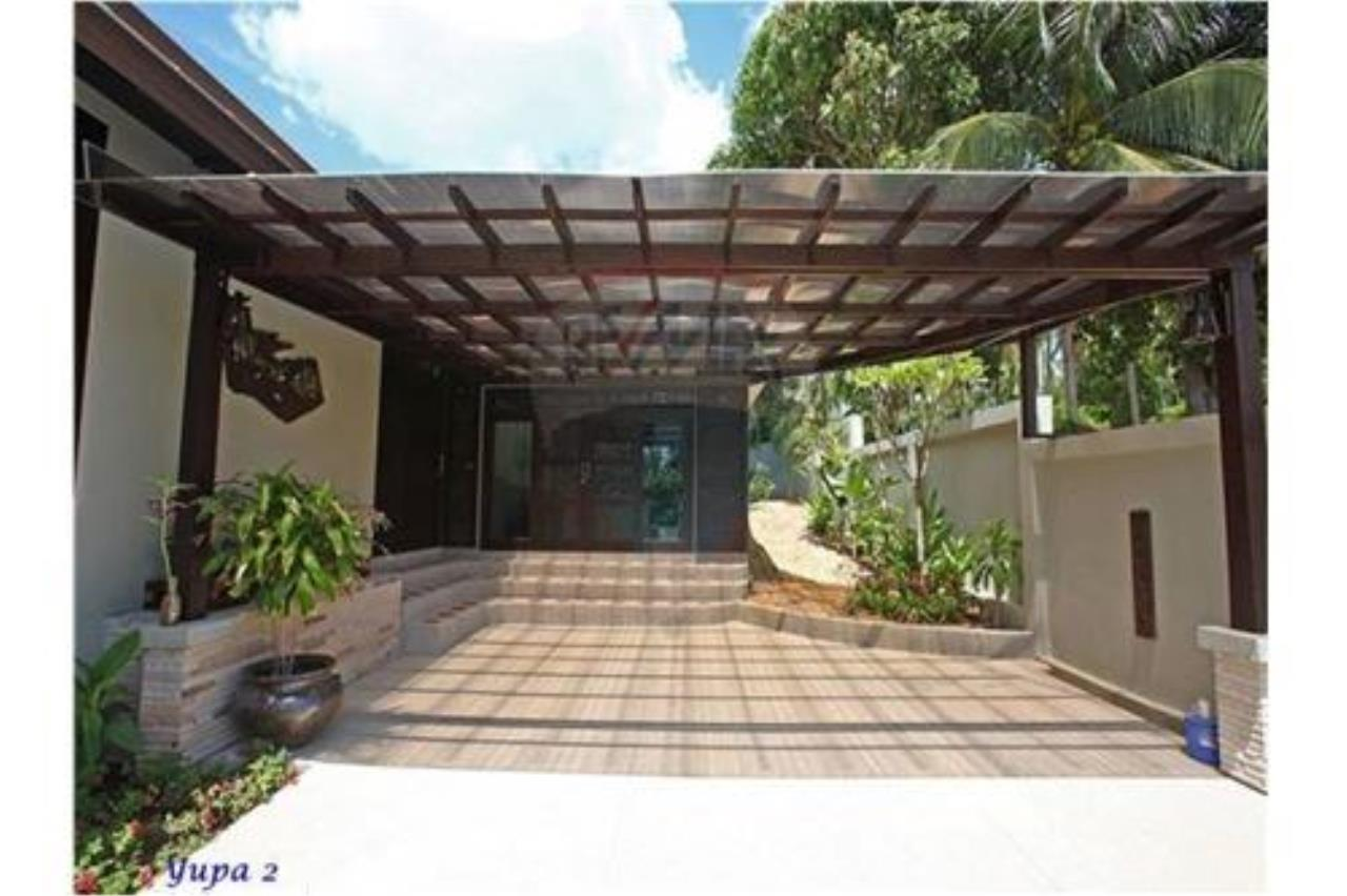 RE/MAX Island Real Estate Agency's 4 bedroom pool villa in Bophut. 14