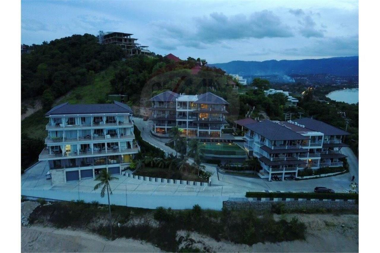 RE/MAX Island Real Estate Agency's Sea view modern apartment 2