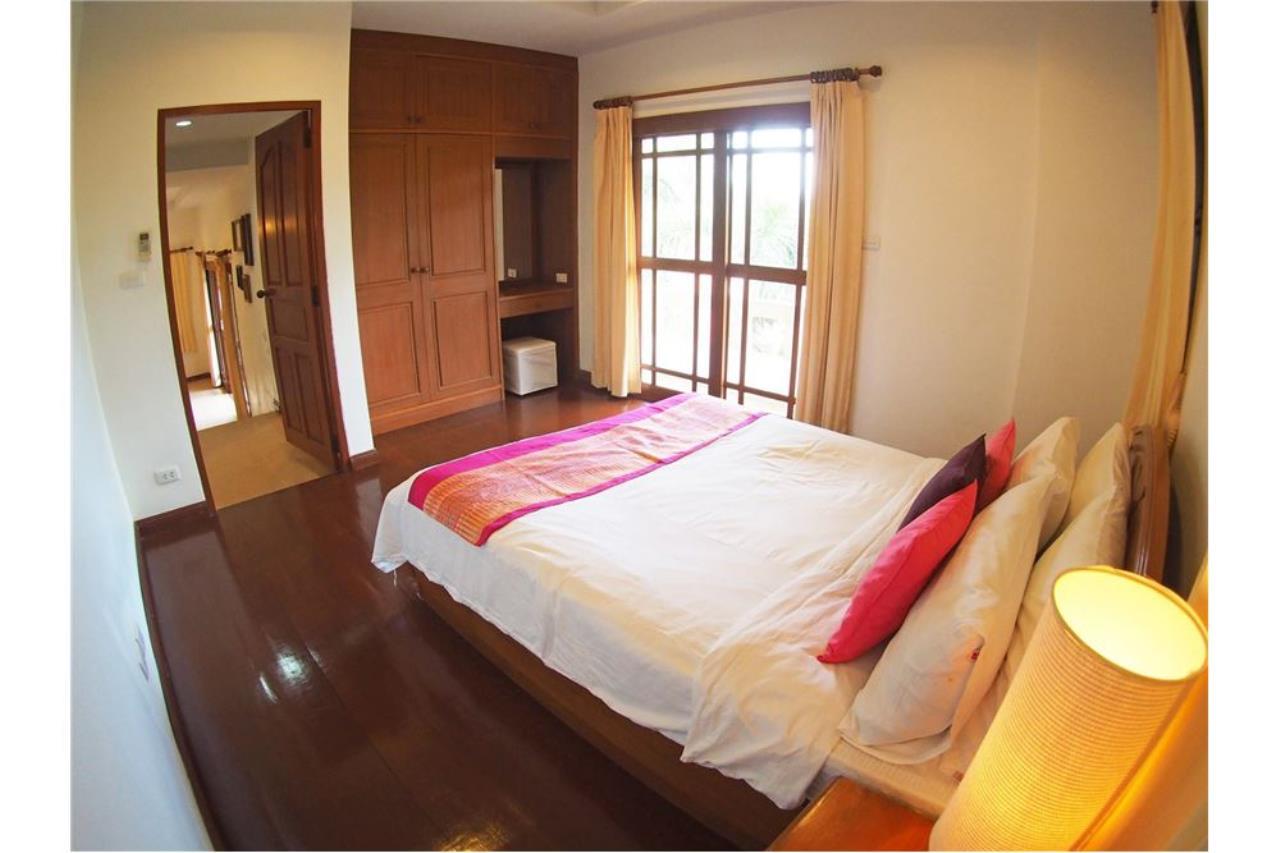 RE/MAX Island Real Estate Agency's Three bedroom  villa, 500 meters to Lamai Beach 15