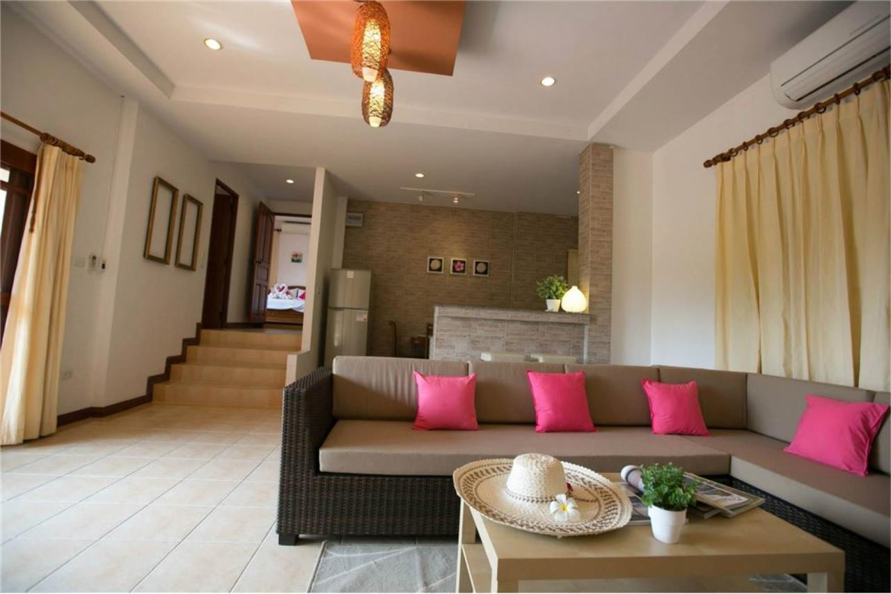 RE/MAX Island Real Estate Agency's Three bedroom  villa, 500 meters to Lamai Beach 1