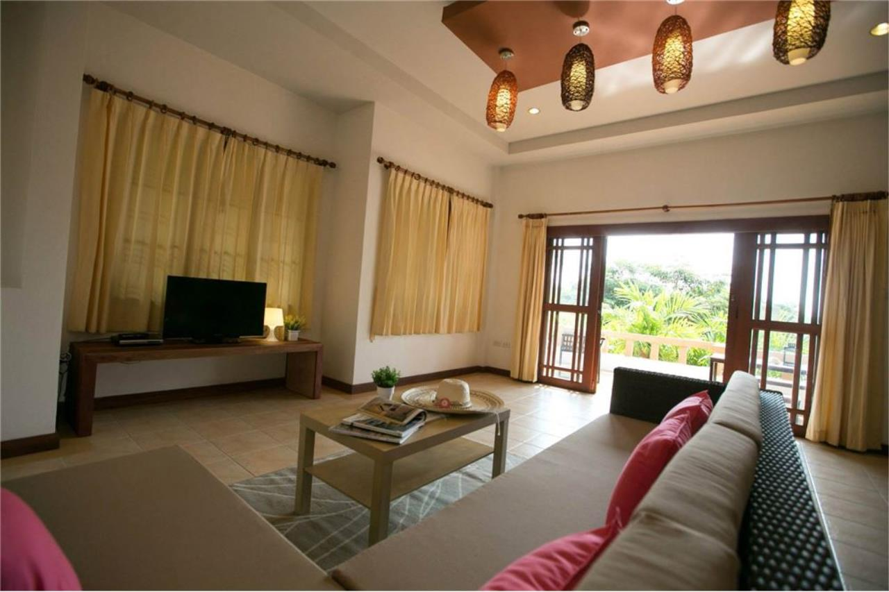 RE/MAX Island Real Estate Agency's Three bedroom  villa, 500 meters to Lamai Beach 3