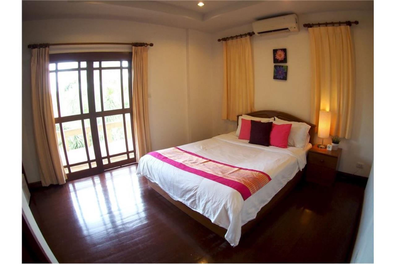 RE/MAX Island Real Estate Agency's Three bedroom  villa, 500 meters to Lamai Beach 14