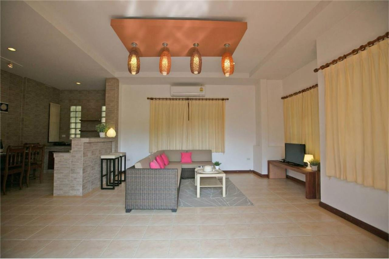 RE/MAX Island Real Estate Agency's Three bedroom  villa, 500 meters to Lamai Beach 18
