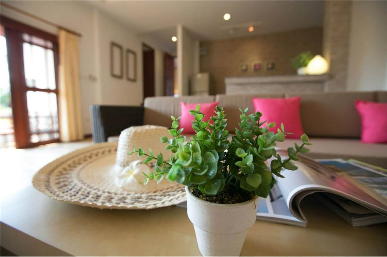 RE/MAX Island Real Estate Agency's Three bedroom  villa, 500 meters to Lamai Beach 8