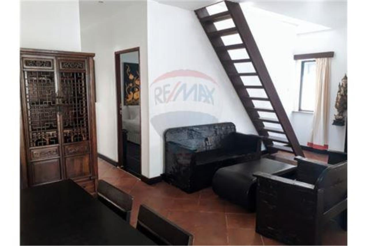 RE/MAX Island Real Estate Agency's Nice house close to the beach in Bangrak. 2