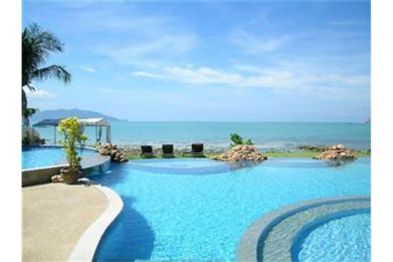 RE/MAX Island Real Estate Agency's Beautiful 3 bedroom villa in Plai Laem 21