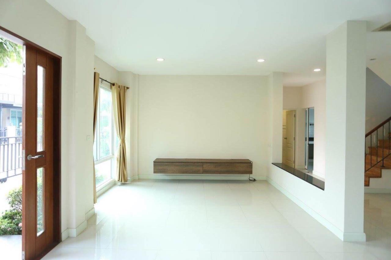 Uptown Assets  Agency's SALE House Bangkok Boulevard Rajapruk – Rama 5 (Project 2)  Sell Price 9.45  Unit 131/52 12
