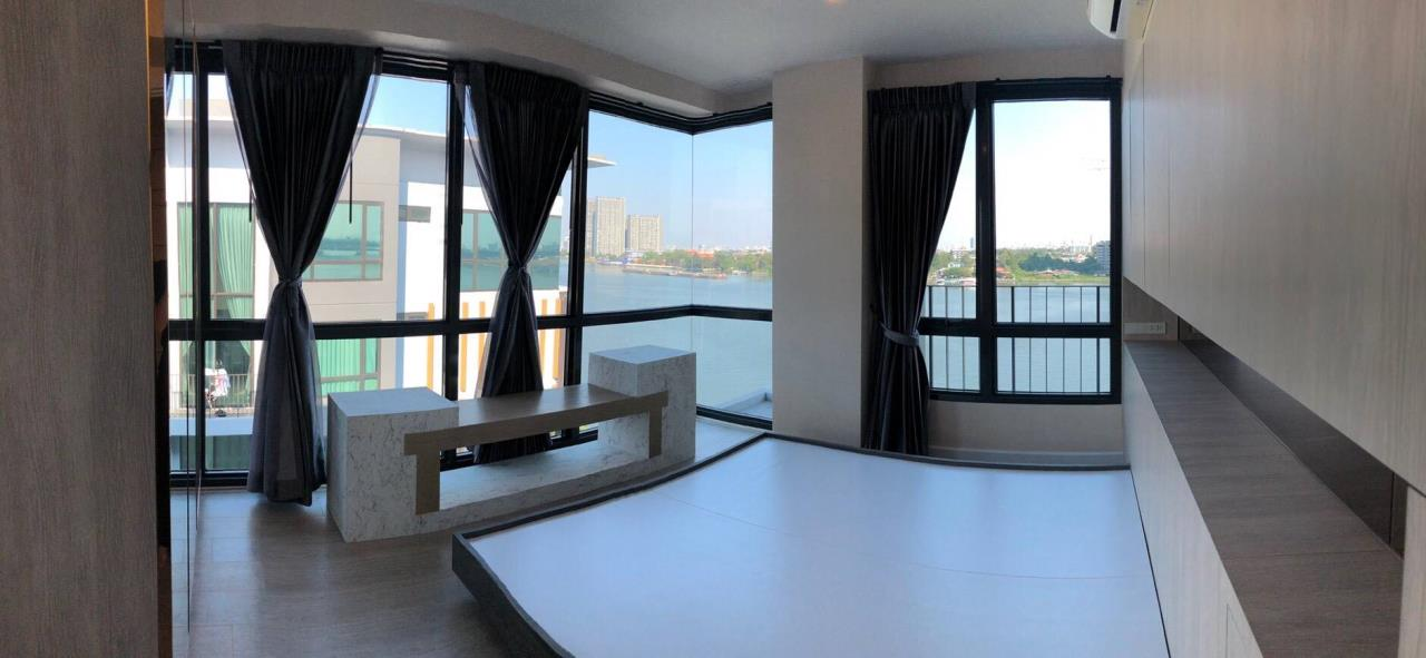 Uptown Assets  Agency's For Sale Metro Luxe Riverfront Unit 202/75 Building E  8th Floor  12