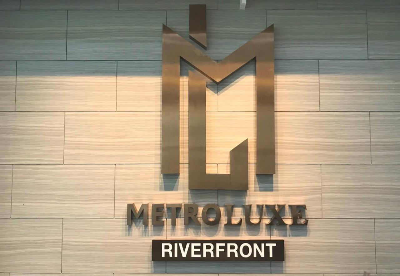 Uptown Assets  Agency's For Sale Metro Luxe Riverfront Unit 202/75 Building E  8th Floor  19