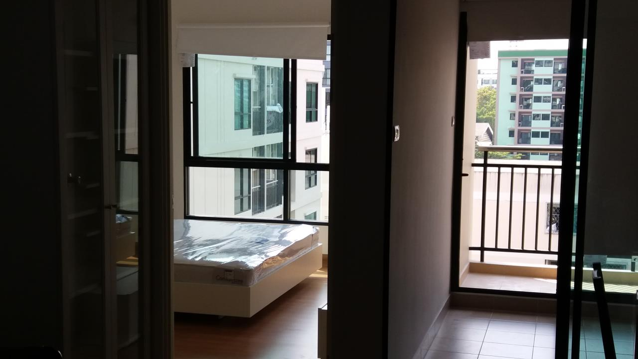 Agent - Ratana Chatthinawat  Agency's Condominium near BTS Baering for rent 1 bedroom 12,000/month 7