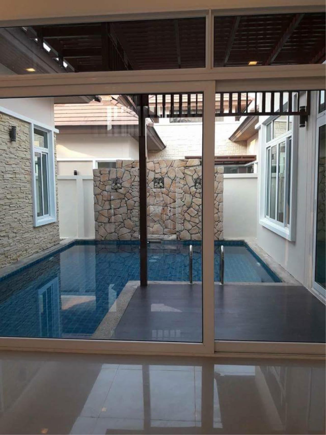Agent - Ratana Chatthinawat  Agency's New house with private in Pattaya for rent  50,000/m. 9