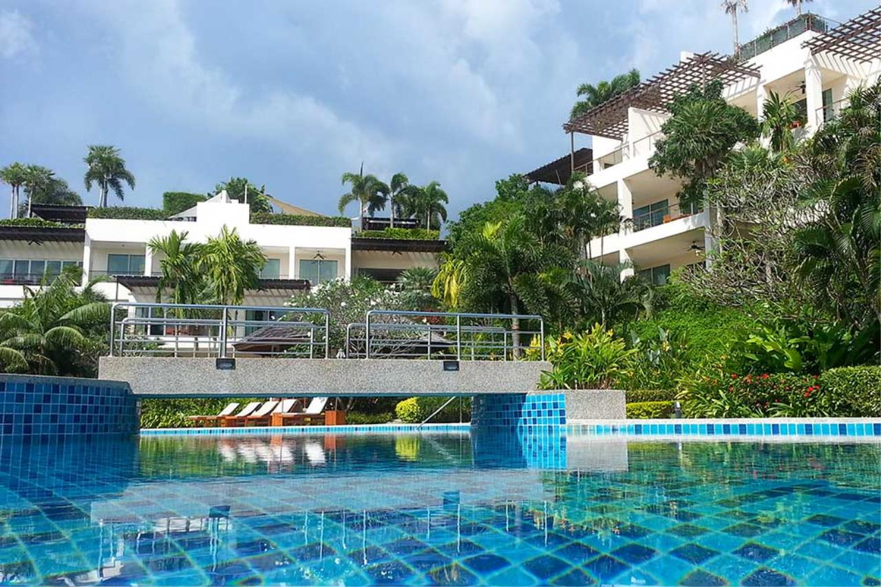 REAL Phuket  Agency's Layan Gardens - Superb 3-Bedroom Penthouse with Roof Top Terrace for Long-term Rent 3