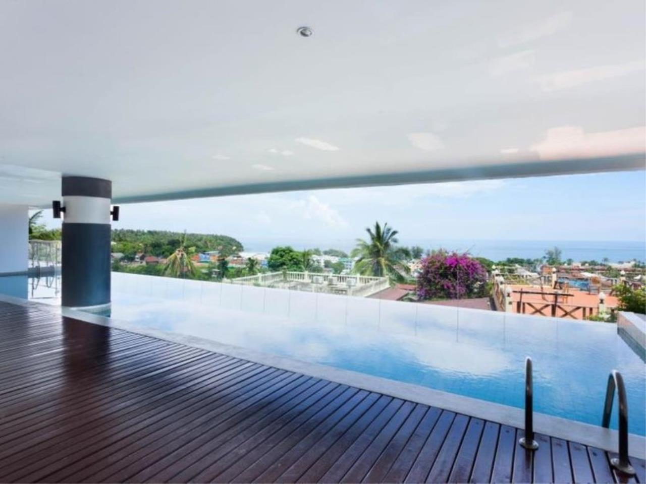 REAL Phuket  Agency's Sunset Plaza - Superb 4-Bedroom Sea View Penthouse in Karon 2
