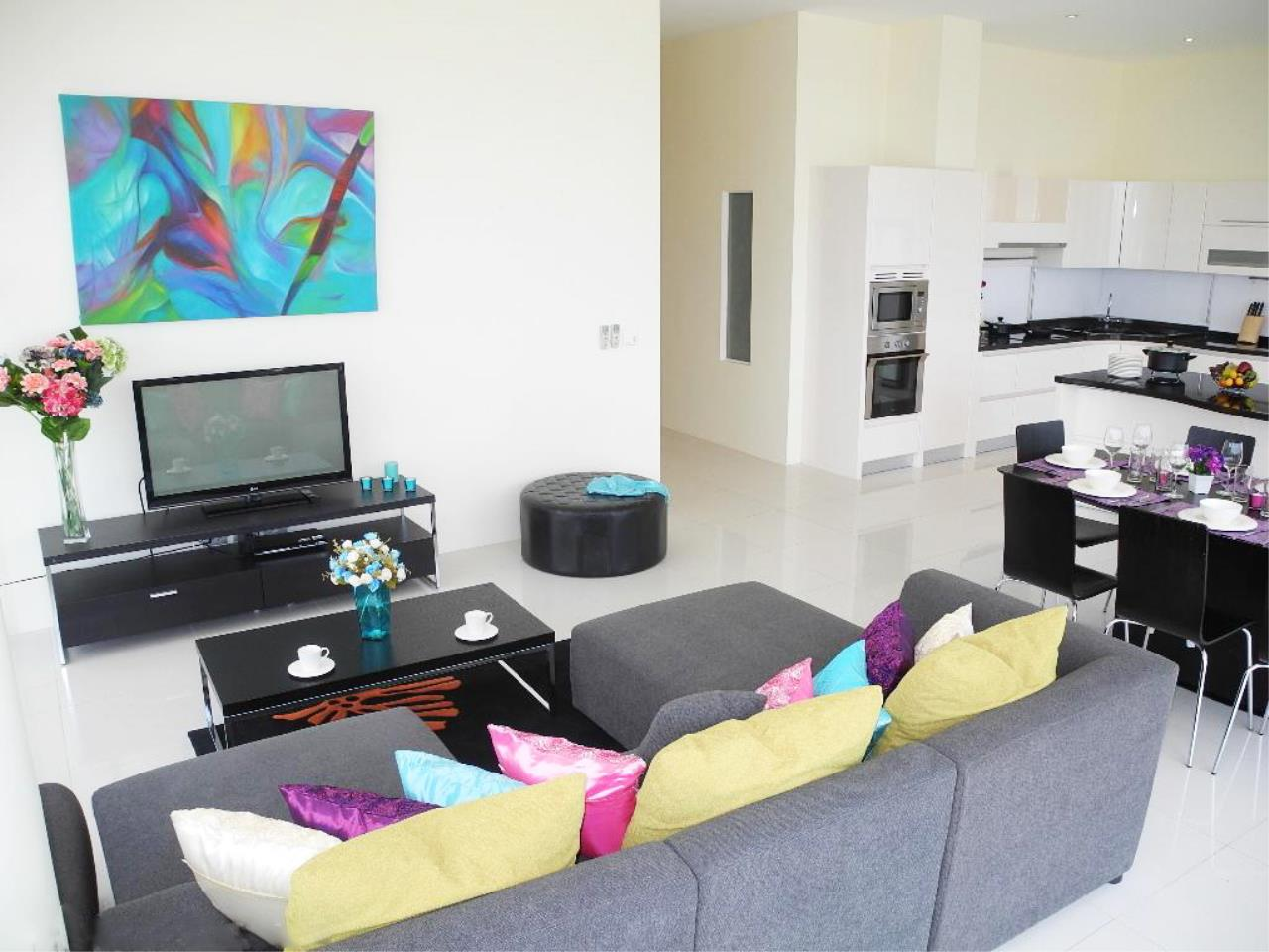 REAL Phuket  Agency's Sunset Plaza - Superb 4-Bedroom Sea View Penthouse in Karon 11