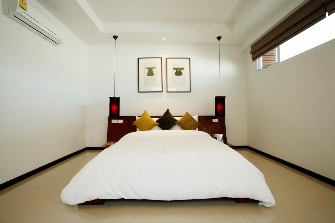 REAL Phuket  Agency's Modern 4-Bedroom Duplex Condominium with Private Pool near Bang Tao Beach 2