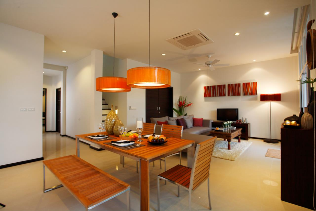 REAL Phuket  Agency's Modern 4-Bedroom Duplex Condominium with Private Pool near Bang Tao Beach 3