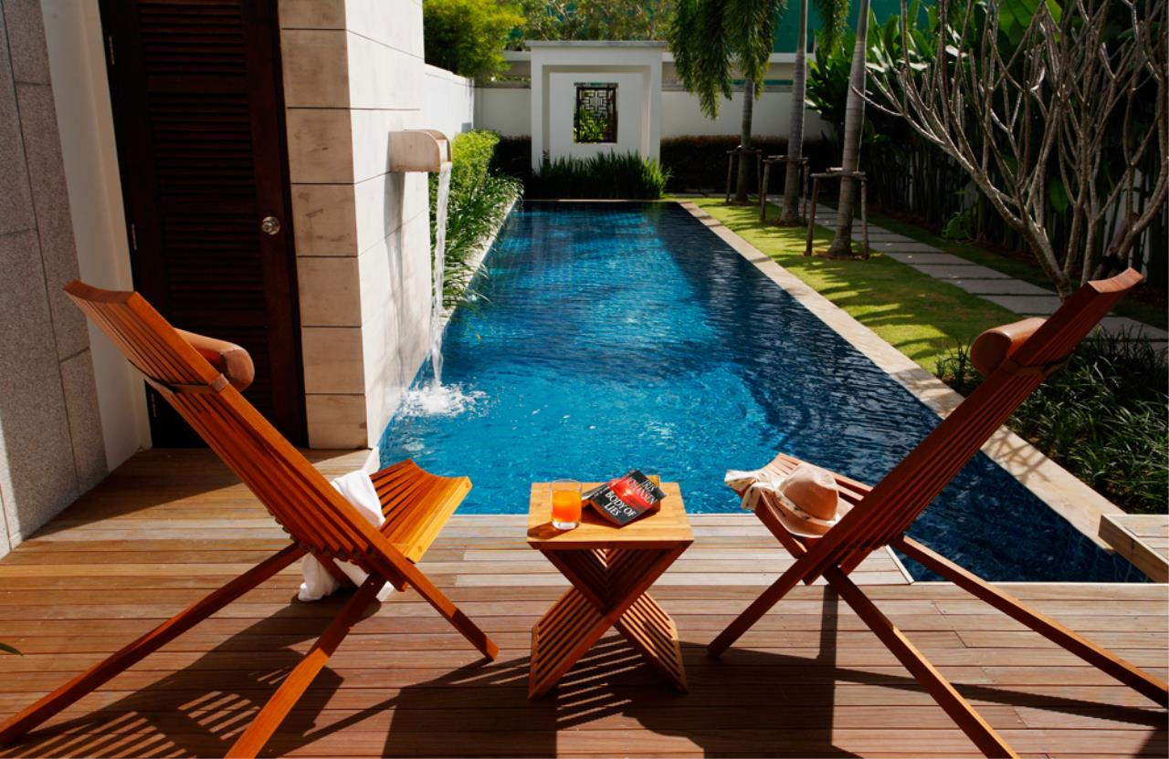 REAL Phuket  Agency's Modern 4-Bedroom Duplex Condominium with Private Pool near Bang Tao Beach 18