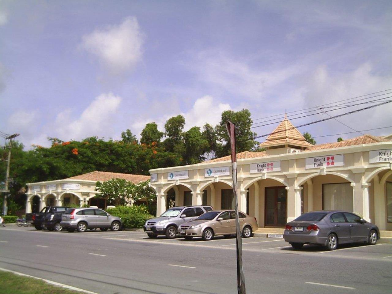 REAL Phuket  Agency's Retail Space / Commercial Offices near Laguna 1