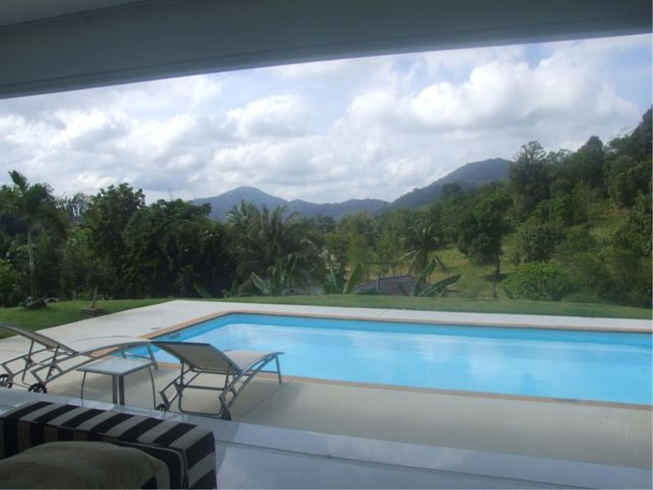 REAL Phuket  Agency's Chic 2-Bedroom Cottage with Private Pool near Loch Palm Golf Course 10