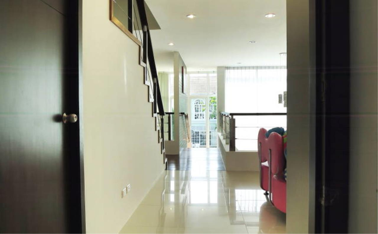 REAL Phuket  Agency's Boat Lagoon - Modern Waterfont 3-Bedroom Town Home 17