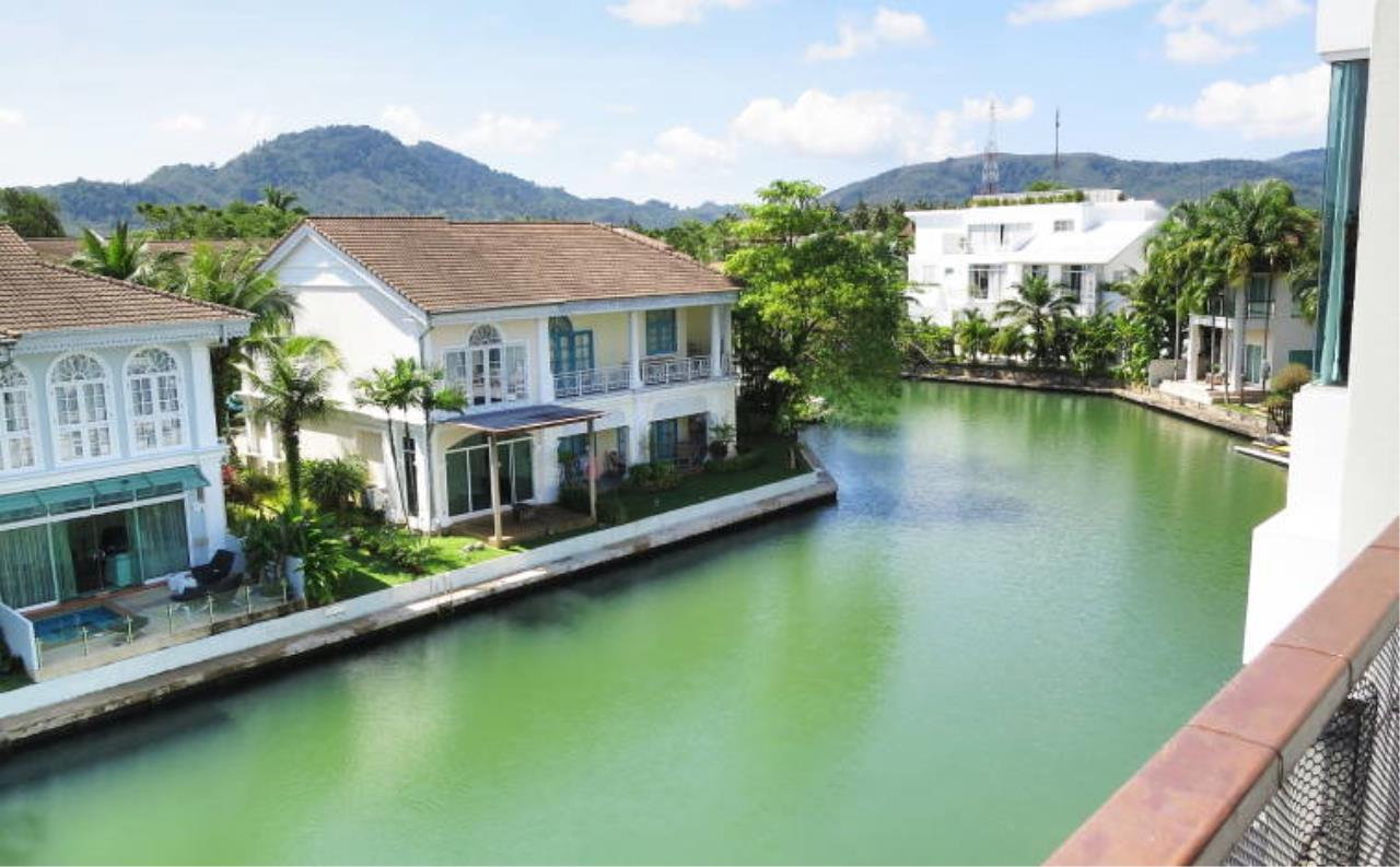 REAL Phuket  Agency's Boat Lagoon - Modern Waterfont 3-Bedroom Town Home 18