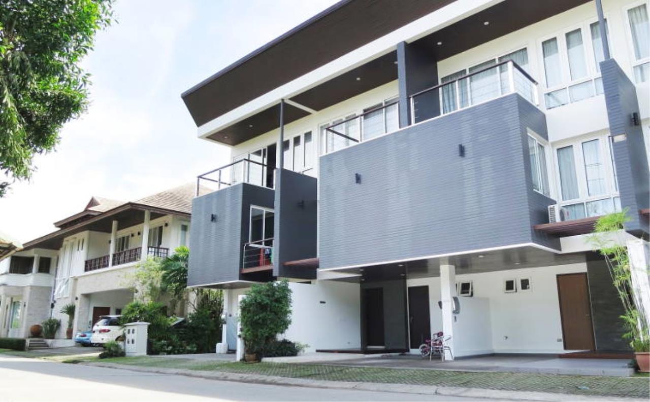REAL Phuket  Agency's Boat Lagoon - Modern Waterfont 3-Bedroom Town Home 20
