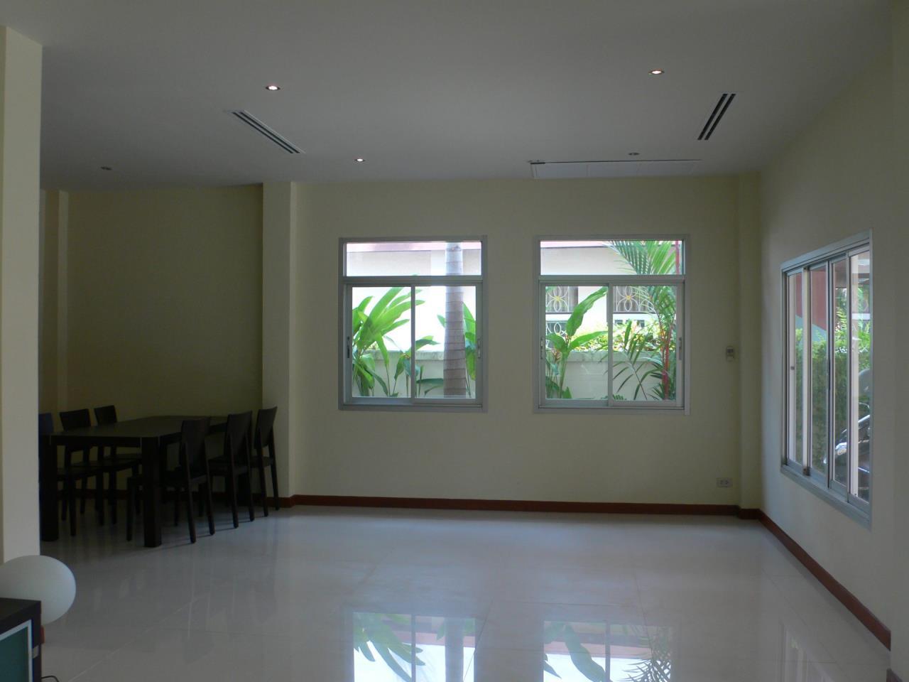 REAL Phuket  Agency's Phanason - Pleasant Semi-Detached 3-Bedroom House in Kathu 2