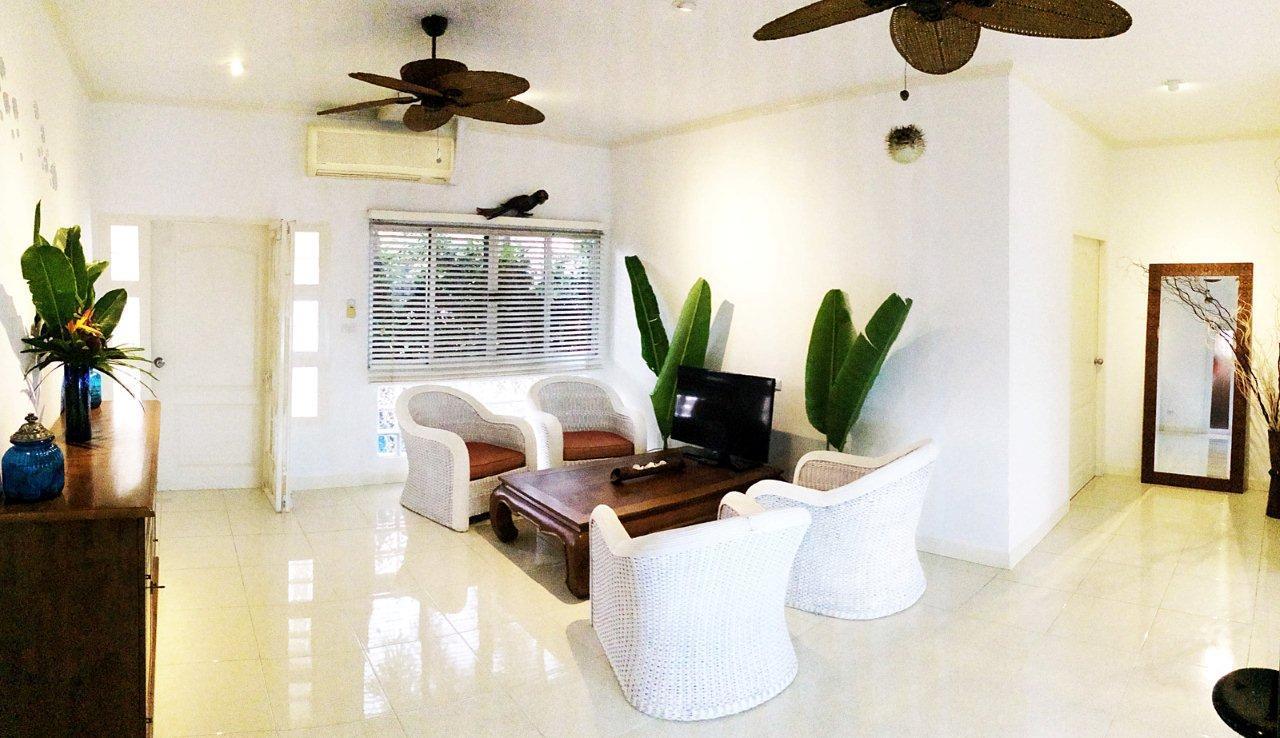 REAL Phuket  Agency's Peaceful 3-Bedroom House near Naiyang Beach & Airport 15