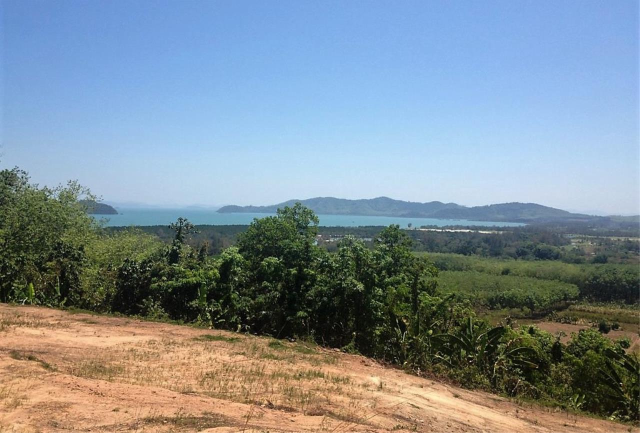 REAL Phuket  Agency's 6 Rai of Seaview Land near Mission Hills Golf Course - only THB 3.5m per Rai 5