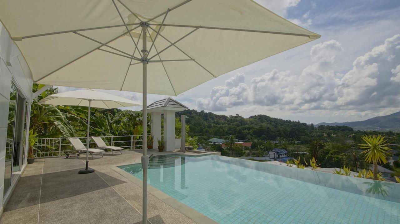 REAL Phuket  Agency's Botan Golf View - Modern 4-Bedroom Villa near Loch Palm Golf Course 3