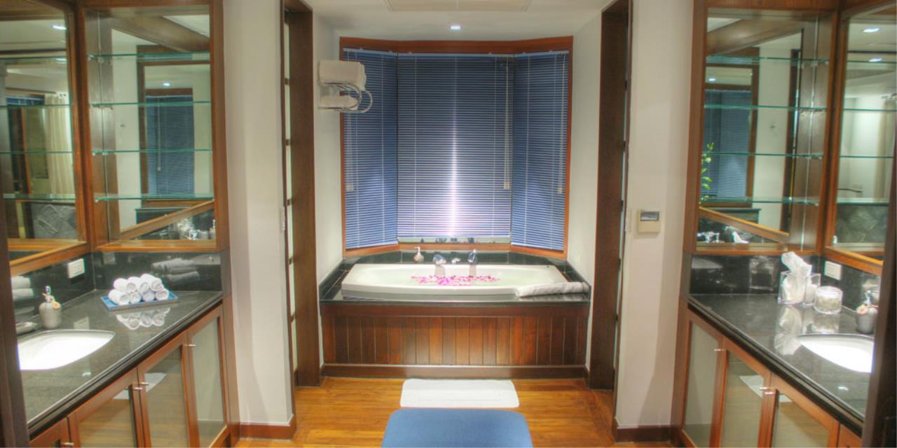 REAL Phuket  Agency's Rak Tawan - Awesome 6-Bedroom Ocean View Villa on Surin Hill 27