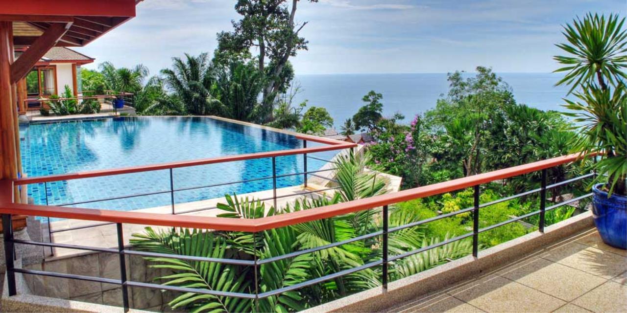 REAL Phuket  Agency's Rak Tawan - Awesome 6-Bedroom Ocean View Villa on Surin Hill 8
