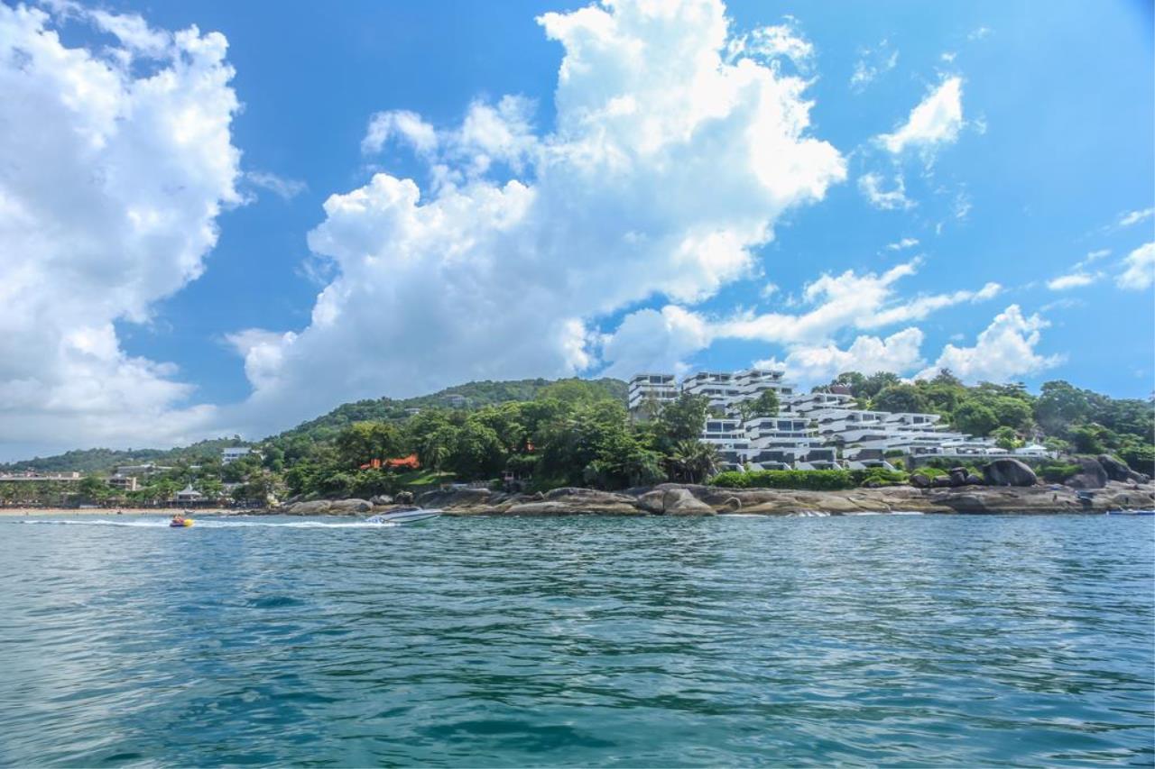 REAL Phuket  Agency's Kata Rocks - Award-winning 3-Bedroom Sky Duplex Villa 4