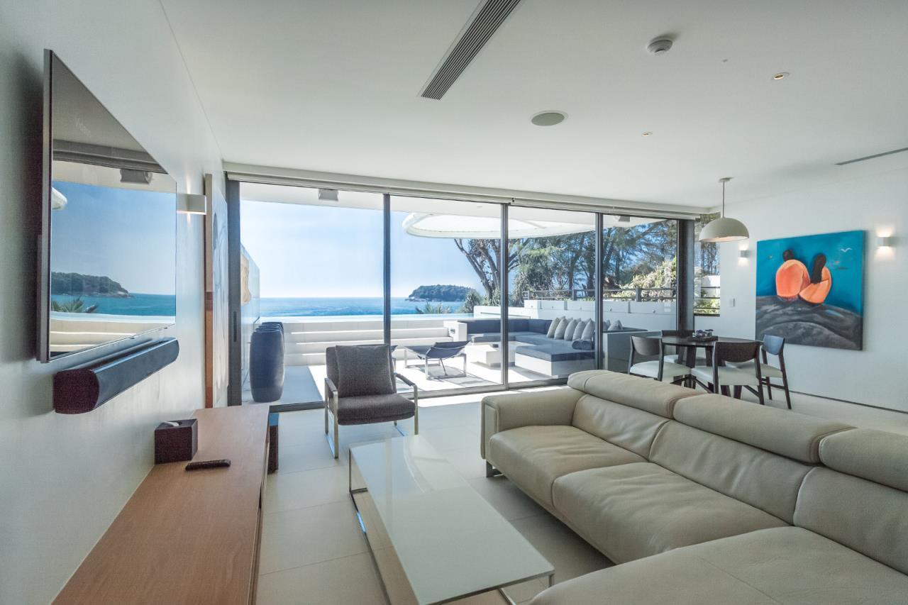REAL Phuket  Agency's Kata Rocks - Award-winning 3-Bedroom Sky Duplex Villa 8