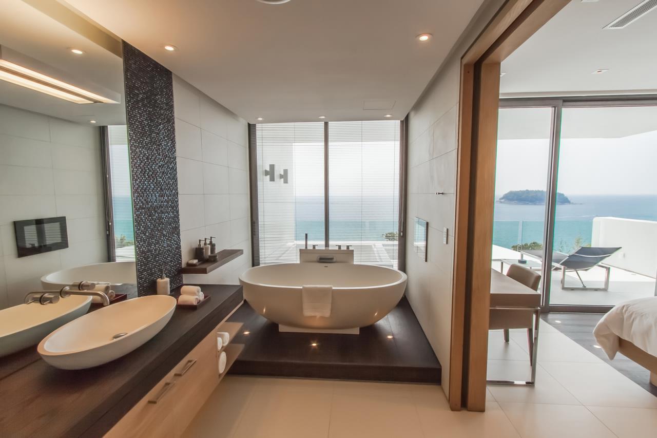 REAL Phuket  Agency's Kata Rocks - Award-winning 3-Bedroom Sky Duplex Villa 9