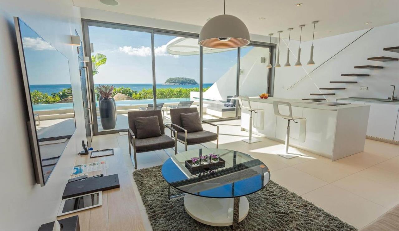 REAL Phuket  Agency's Kata Rocks - Award-winning 3-Bedroom Sky Duplex Villa 13