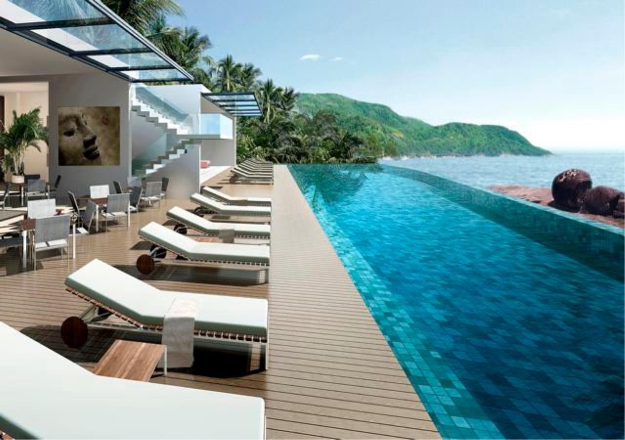 REAL Phuket  Agency's Kata Rocks - Award-winning 3-Bedroom Sky Duplex Villa 15