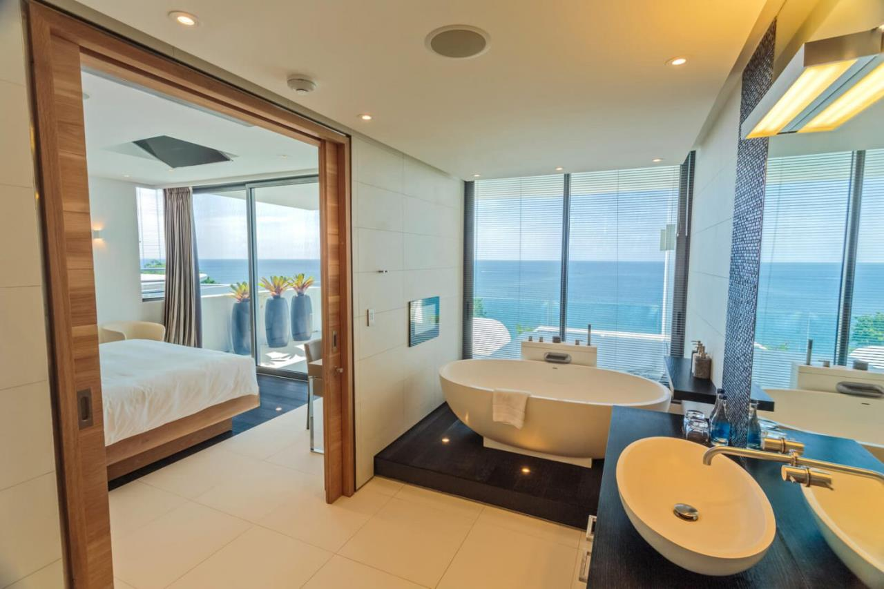 REAL Phuket  Agency's Kata Rocks - Award-winning 3-Bedroom Sky Duplex Villa 19