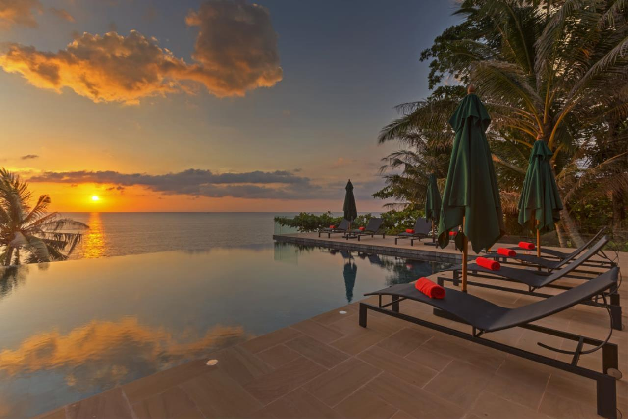 REAL Phuket  Agency's Villa Sunyata - Magnificent 8-Bedroom Oceanfront Villa in Kata 31