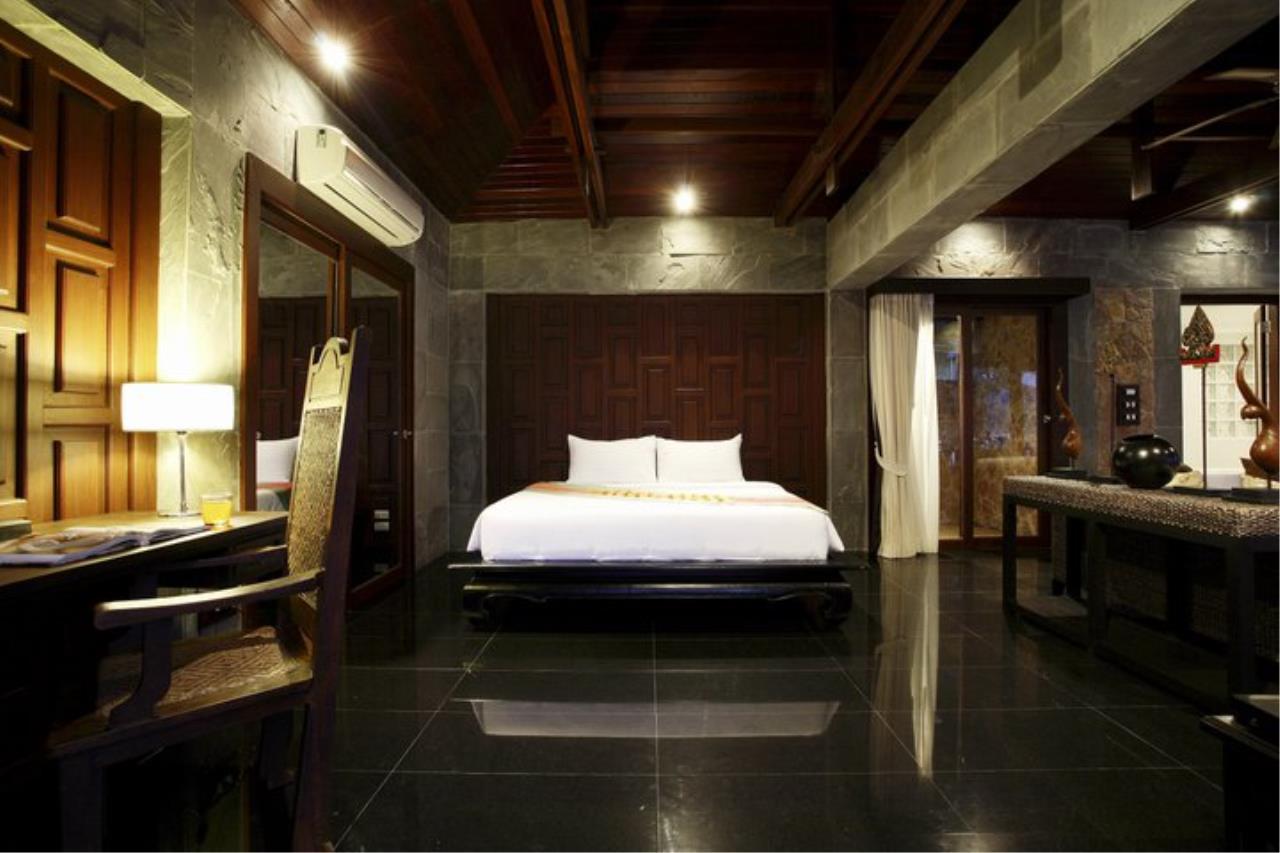 REAL Phuket  Agency's Baan Lom Talay- 6 Bedroom Seafront Villa in Kamala 13