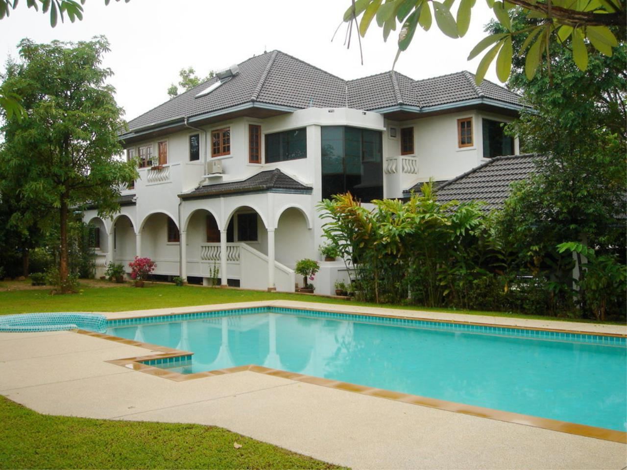 REAL Phuket  Agency's Tamata House - Luxurious 5-Bedroom Pool Villa in Great Condition 7